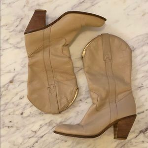 Vintage Jessica Simpson Tan Cowgirl Boots 8.5 or 9